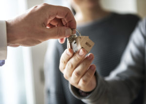 Tips for a Stress-Free Move Into Your Family Apartment