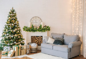 Ways to Decorate Your Apartment for the Holidays